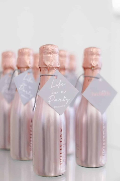 What to put in bridesmaid gift boxes - Champagne