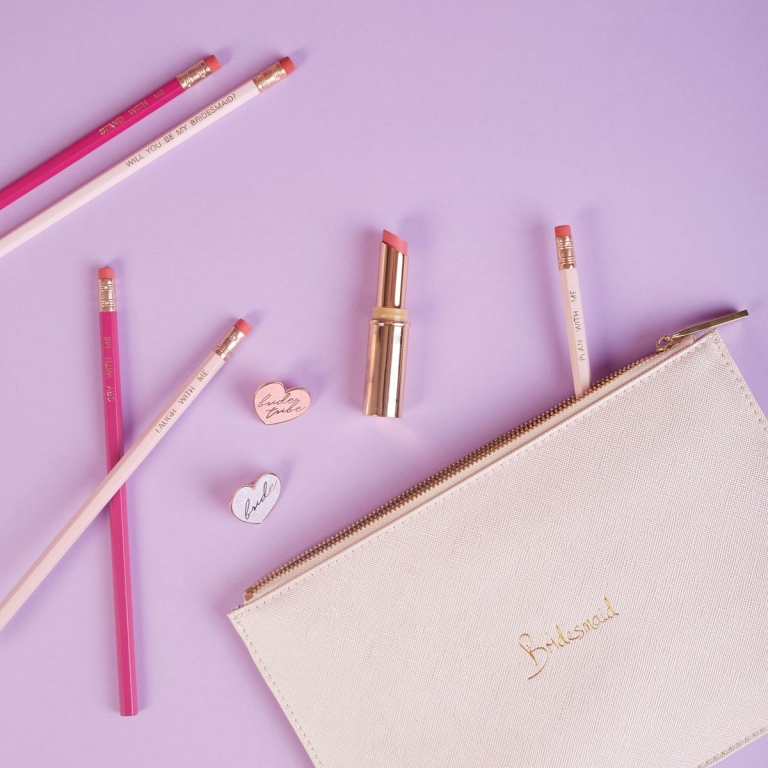 What to put in bridesmaid gift boxes - Accessories